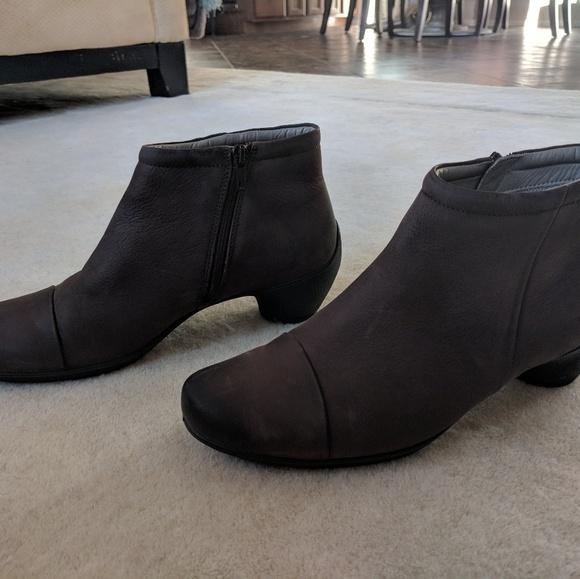 2c2a3b29a06 Ecco Shoes - Ecco booties